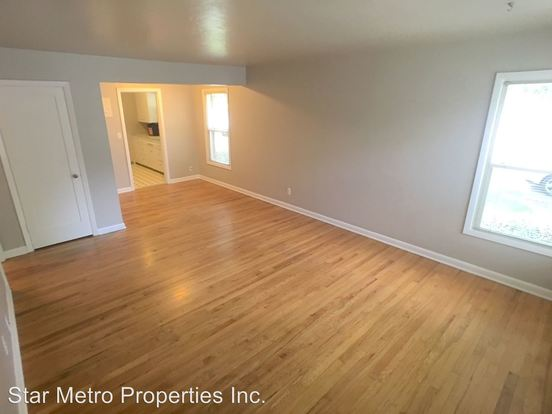 1 Bedroom 1 Bathroom Apartment for rent at 1430 Ne Mason & 1431 Ne Shaver in Portland, OR