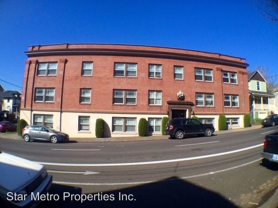 Studio 1 Bathroom Apartment for rent at 1611 Se Belmont in Portland, OR