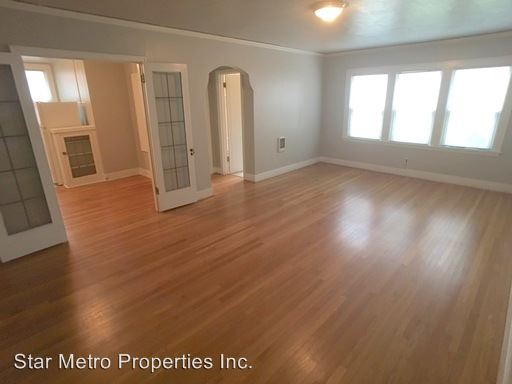 1 Bedroom 1 Bathroom Apartment for rent at 2437 Ne Hoyt in Portland, OR