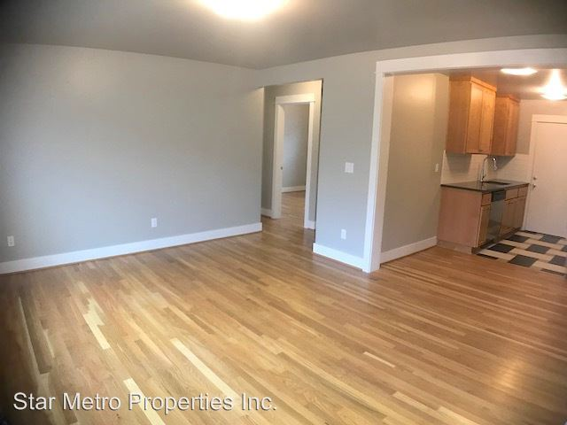 2 Bedrooms 1 Bathroom Apartment for rent at 6500 N Mississippi in Portland, OR