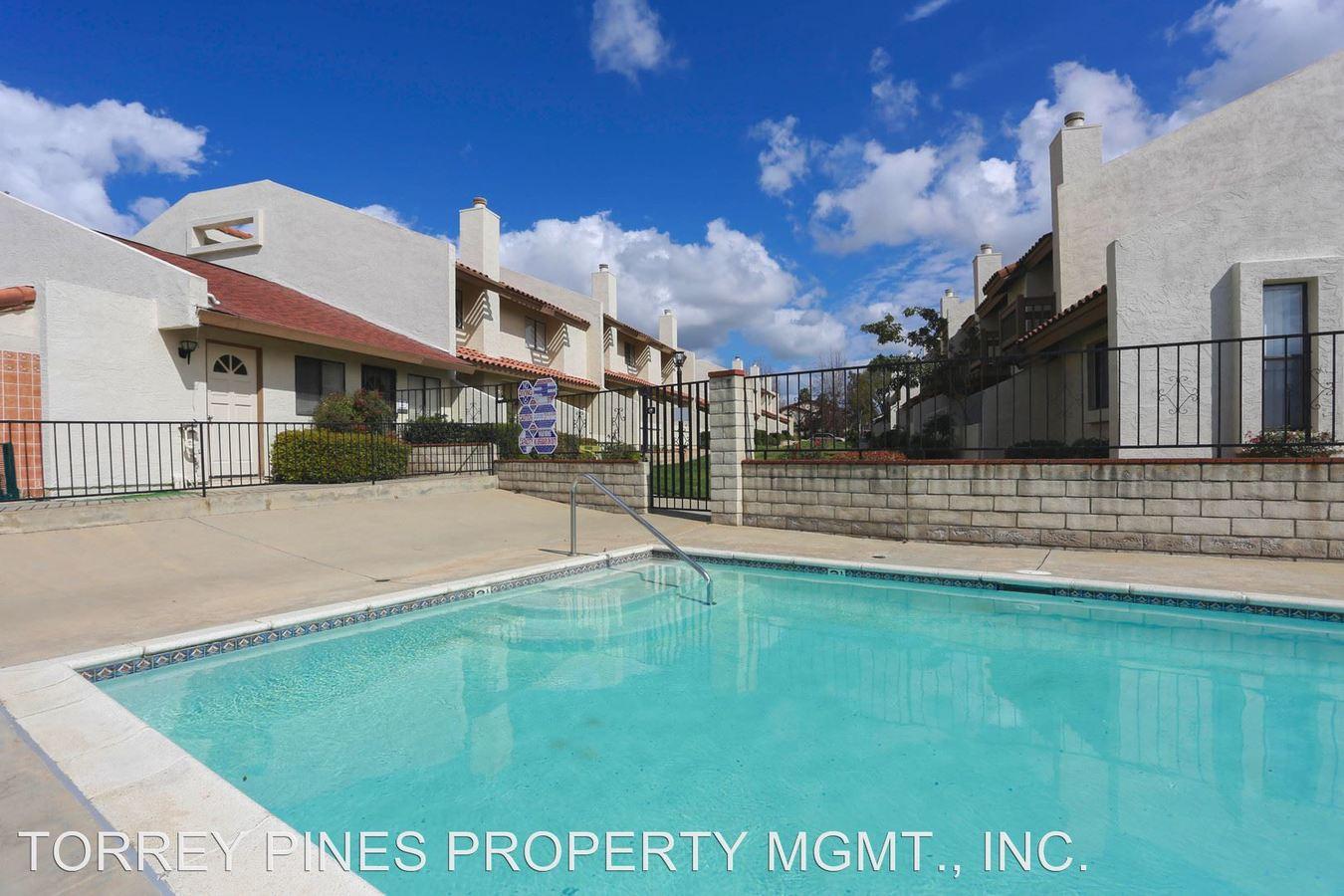 2 Bedrooms 2 Bathrooms Apartment for rent at 1141 N. Escondido Boulevard in Escondido, CA