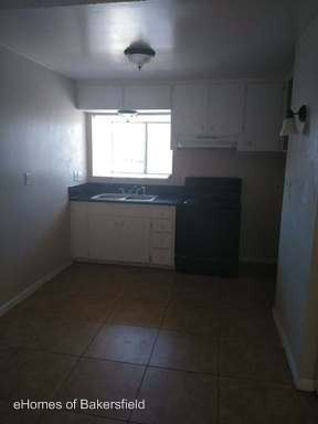 Studio 1 Bathroom Apartment for rent at 2510 Haley St in Bakersfield, CA
