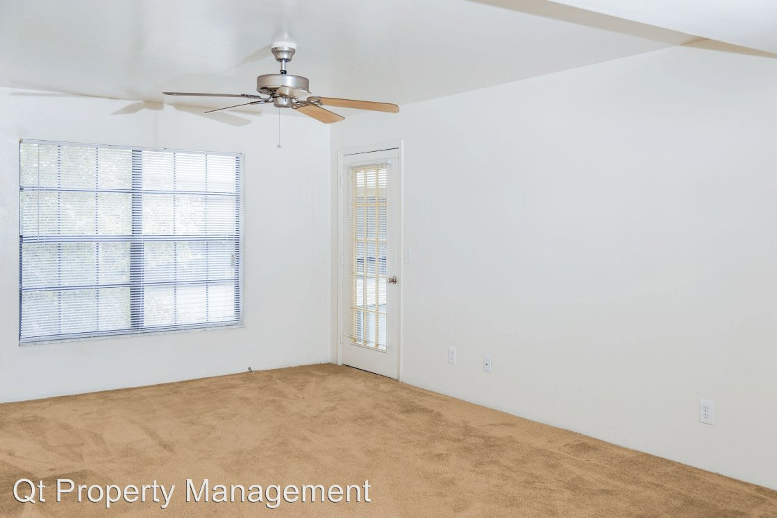 1 Bedroom 1 Bathroom Apartment for rent at 7131 Pinnacle Drive in Fort Myers, FL