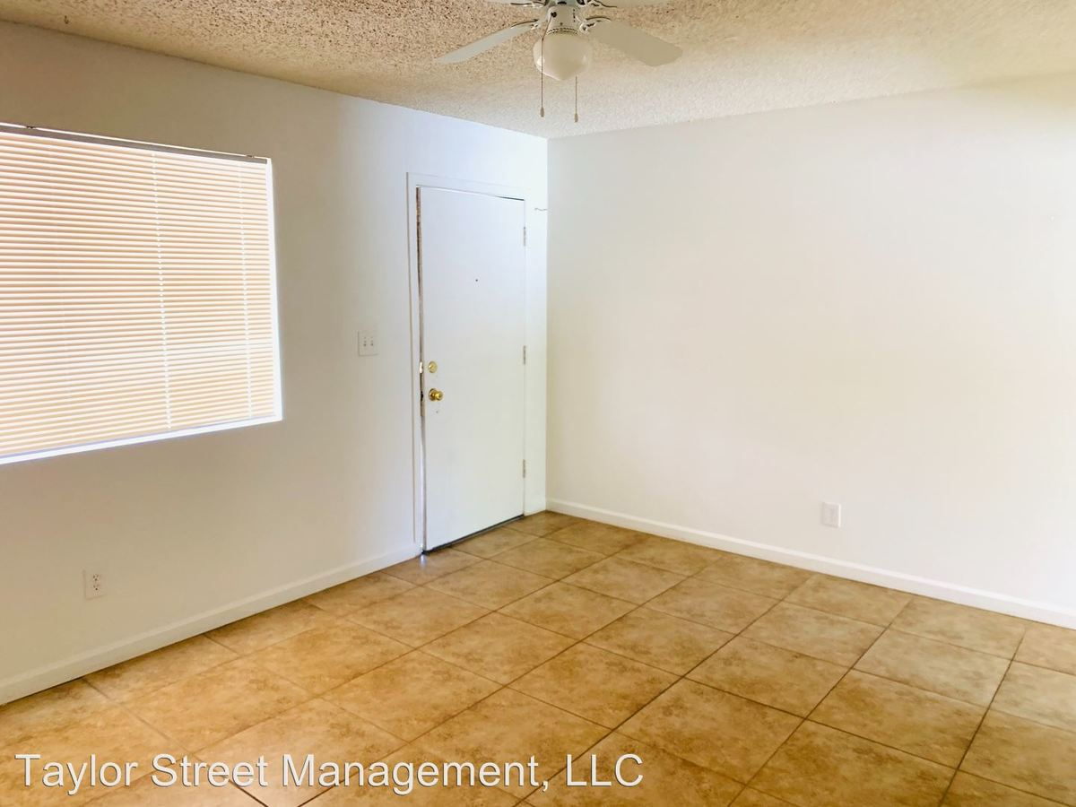Studio 1 Bathroom Apartment for rent at 4207 N 9th Street in Phoenix, AZ