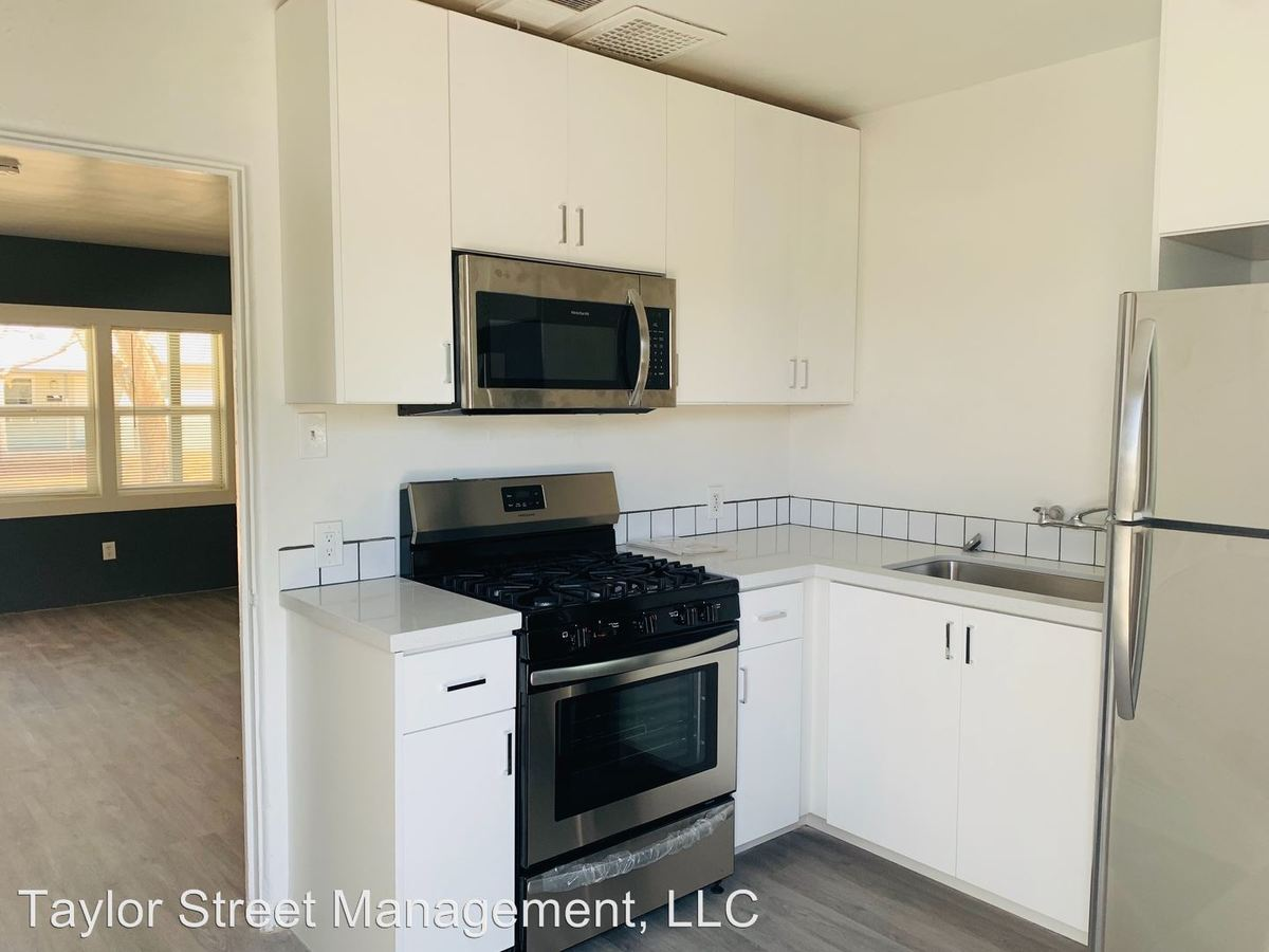1 Bedroom 1 Bathroom Apartment for rent at 736-820 E Turney Ave in Phoenix, AZ