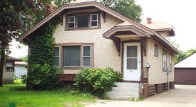 Similar Apartment at 5331 Camden Ave N