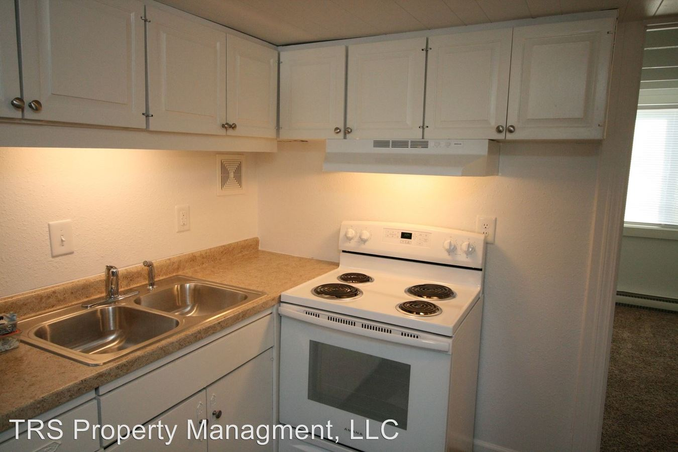 2 Bedrooms 1 Bathroom Apartment for rent at 10761 I-70 Drive Ne in Columbia, MO