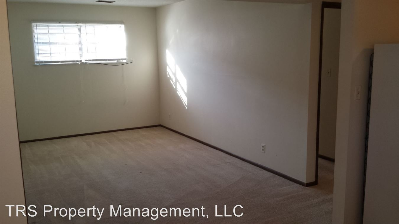 1 Bedroom 1 Bathroom Apartment for rent at 1607 Windsor in Columbia, MO