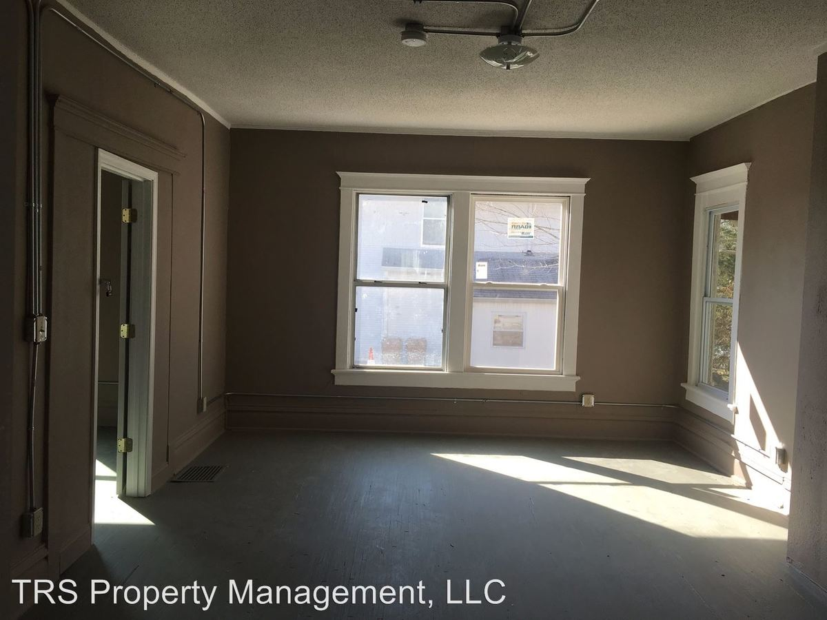 2 Bedrooms 1 Bathroom Apartment for rent at 519 High St in Columbia, MO