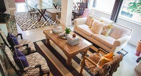 Similar Apartment at 2205 North Lamar Boulevard
