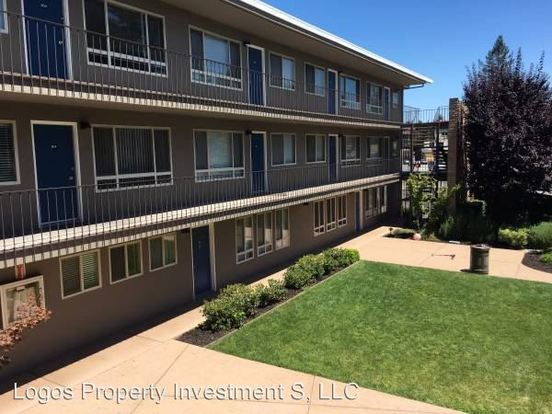 2 Bedrooms 1 Bathroom Apartment for rent at 1008 Woodside in Redwood City, CA