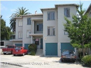 Studio 1 Bathroom Apartment for rent at 3104 & 3112 14th Avenue in Oakland, CA