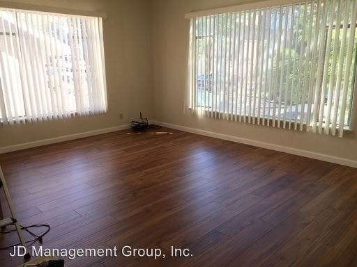 1 Bedroom 1 Bathroom Apartment for rent at 3104 & 3112 14th Avenue in Oakland, CA
