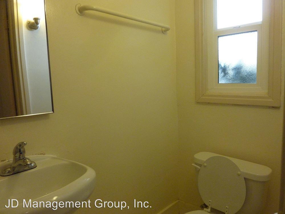 1 Bedroom 1 Bathroom Apartment for rent at 2555 Virginia Street in Berkeley, CA