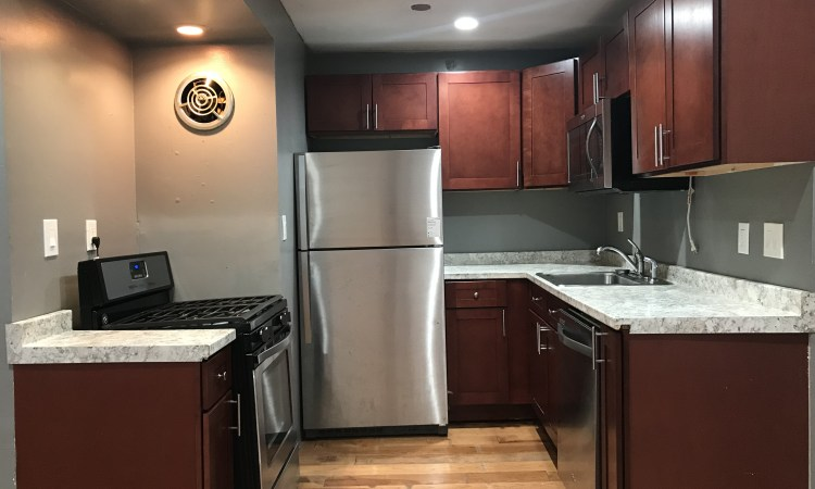 Apartments Near UAlbany 261 Western Ave Off Campus Student Rental for SUNY University at Albany Students in Albany, NY