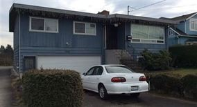 Similar Apartment at 7918 46th Ave S