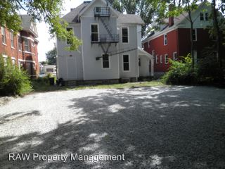 3 Bedrooms 1 Bathroom Apartment for rent at 3627 Montgomery Rd. in Cincinnati, OH