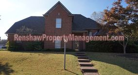 Similar Apartment at 10041 Woodland Pine Cove W.