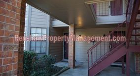 Similar Apartment at 6646 Pondside Circle
