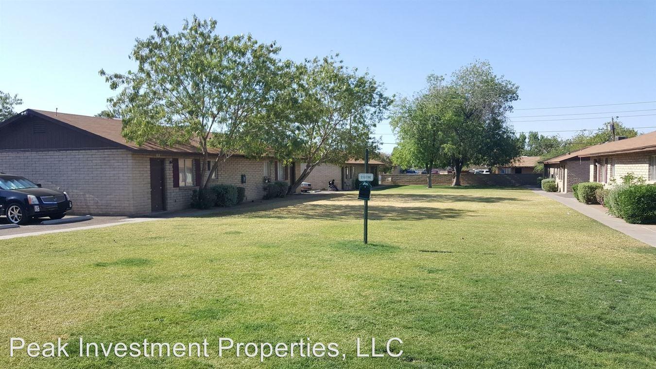 2 Bedrooms 1 Bathroom Apartment for rent at 1626 West Desert Cove Avenue in Phoenix, AZ