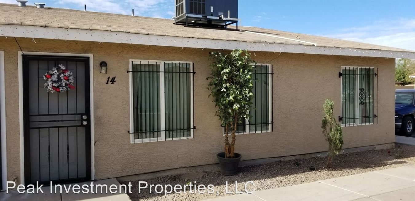 2 Bedrooms 1 Bathroom Apartment for rent at 2232 East Roosevelt St in Phoenix, AZ