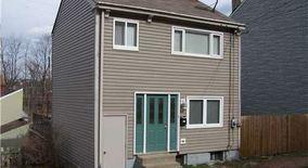 Similar Apartment at 2911 Mary St.