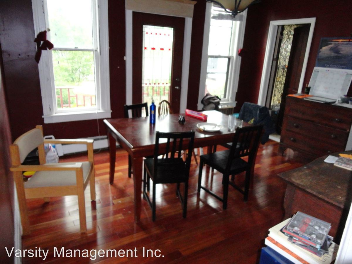 3 Bedrooms 1 Bathroom Apartment for rent at 331 Catherine in Ann Arbor, MI