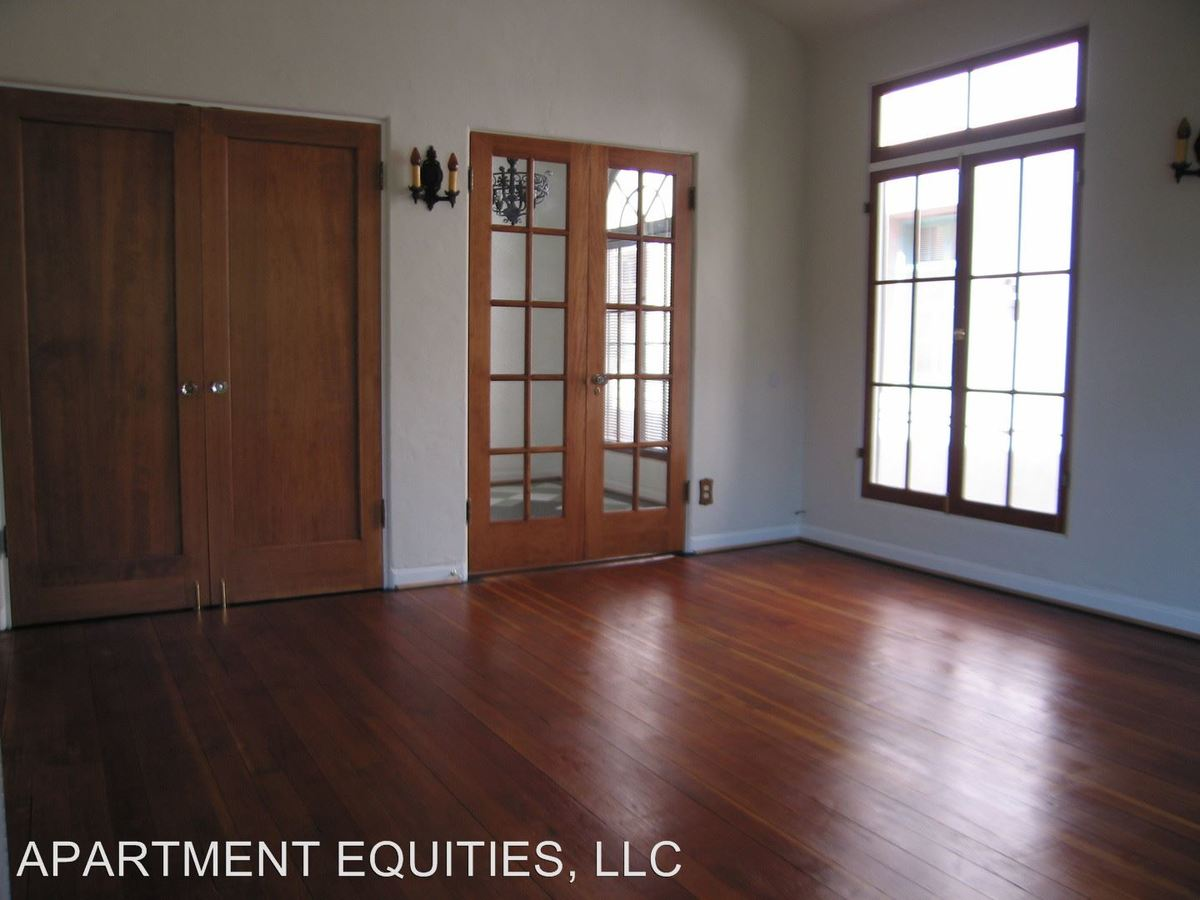 1 Bedroom 1 Bathroom Apartment for rent at 607 S. Cloverdale Ave. in Los Angeles, CA