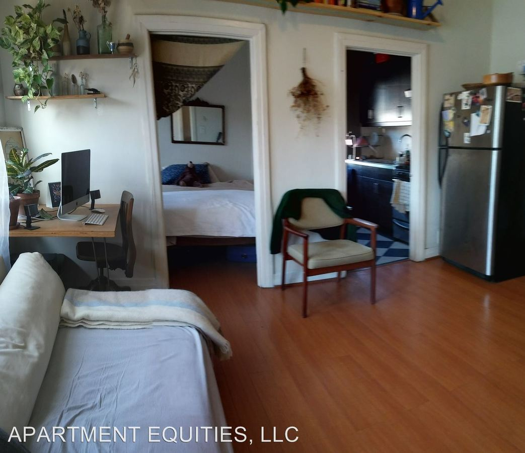 Studio 1 Bathroom Apartment for rent at 1118 Mohawk St. in Los Angeles, CA