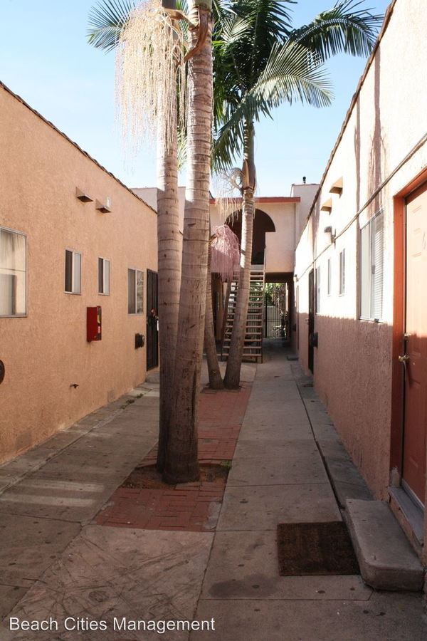 1 Bedroom 1 Bathroom Apartment for rent at 1033 Hoffman Ave in Long Beach, CA