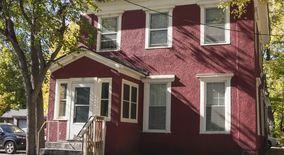 Similar Apartment at 717 14th Ave Se