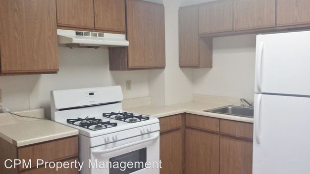 3 Bedrooms 1 Bathroom Apartment for rent at 3400 3408 University Ave Se in Minneapolis, MN