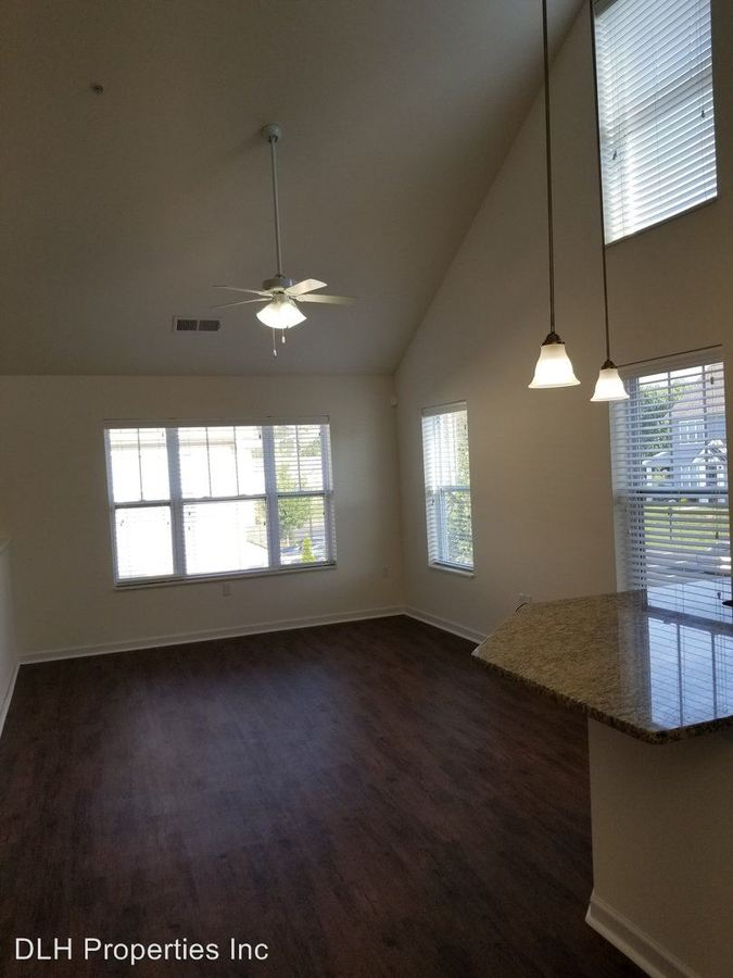 2 Bedrooms 2 Bathrooms Apartment for rent at 5120 Andover Green Way in Knoxville, TN