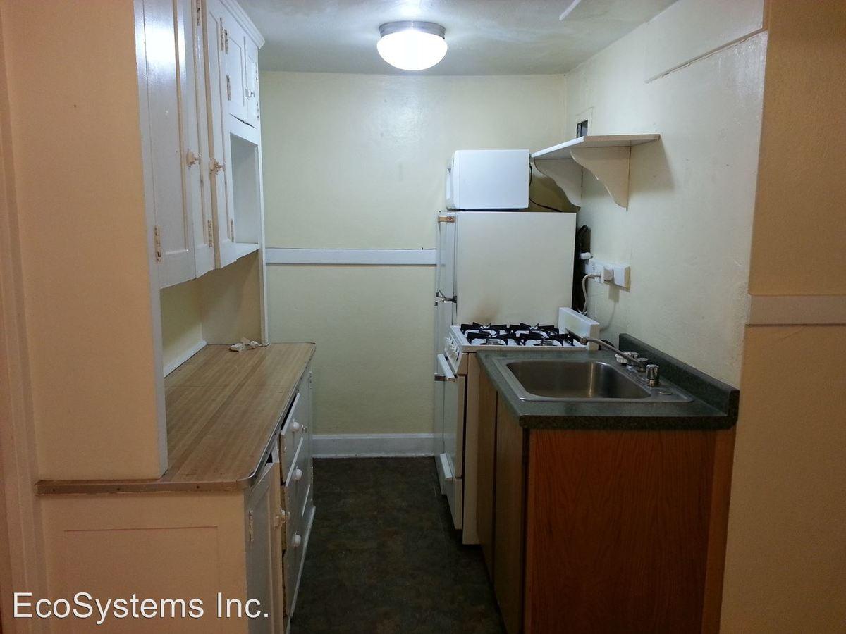 1 Bedroom 1 Bathroom Apartment for rent at 1620 Detroit St in Denver, CO