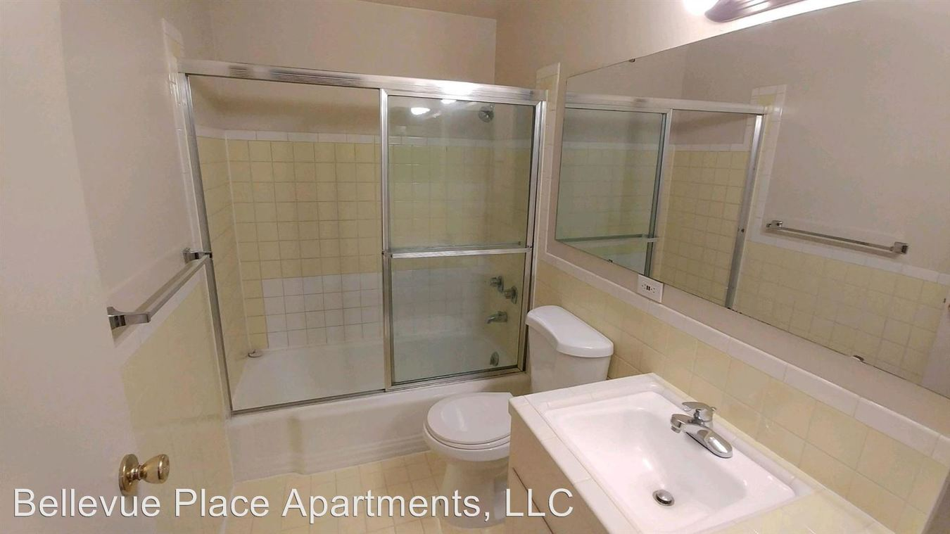 Studio 1 Bathroom Apartment for rent at 1717 Bellevue Ave. E in Seattle, WA