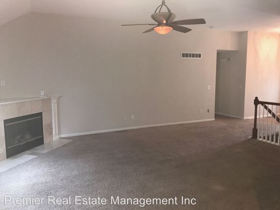 4 Bedrooms 3 Bathrooms Apartment for rent at Multi Sites in Blue Springs, MO