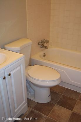 2 Bedrooms 1 Bathroom Apartment for rent at 31 S. Mccord Rd. in Holland, OH