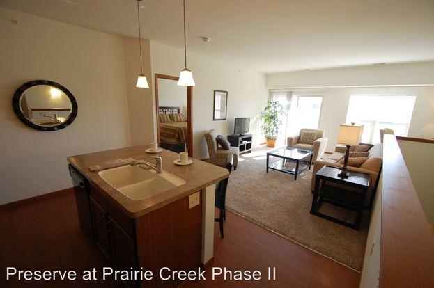 1 Bedroom 1 Bathroom Apartment for rent at 1255 Prairie Creek Blvd in Oconomowoc, WI