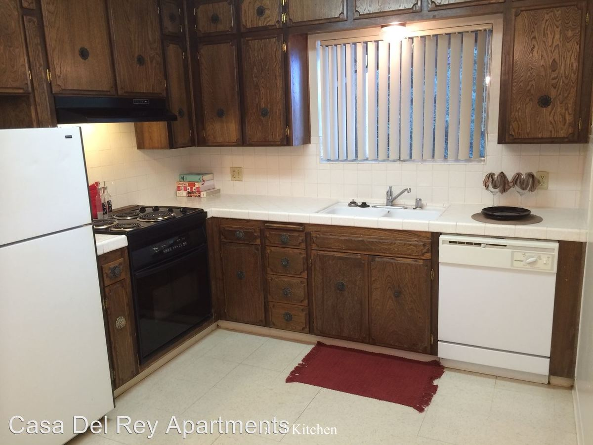 1 Bedroom 1 Bathroom Apartment for rent at 526 E Barstow St in Fresno, CA