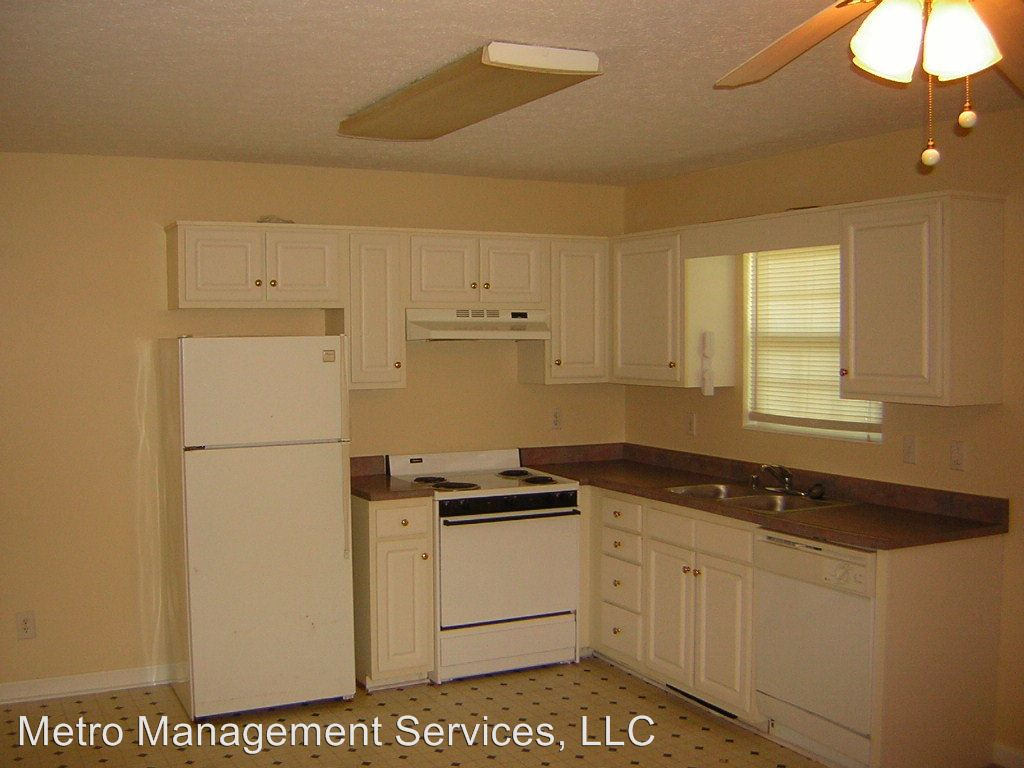 2 Bedrooms 1 Bathroom Apartment for rent at 492 Joy Ave in Mt Washington, KY