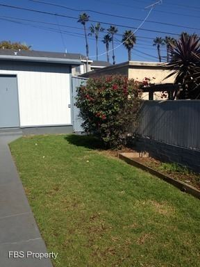 1 Bedroom 1 Bathroom Apartment for rent at 2044-2050 Thomas Ave in San Diego, CA
