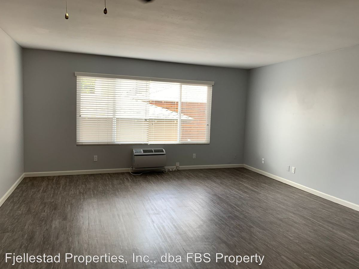 2 Bedrooms 2 Bathrooms Apartment for rent at 4471 44th Street in San Diego, CA