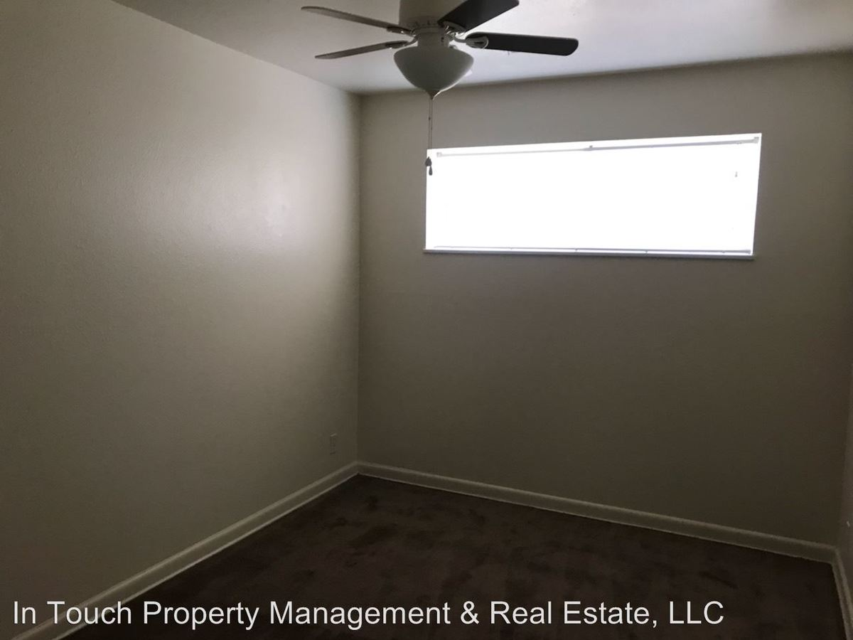 2 Bedrooms 1 Bathroom Apartment for rent at 1030 Dayton St in Aurora, CO