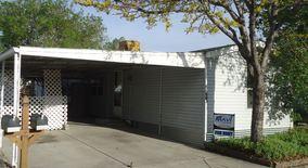 Similar Apartment at 8523 N Monroe Ct