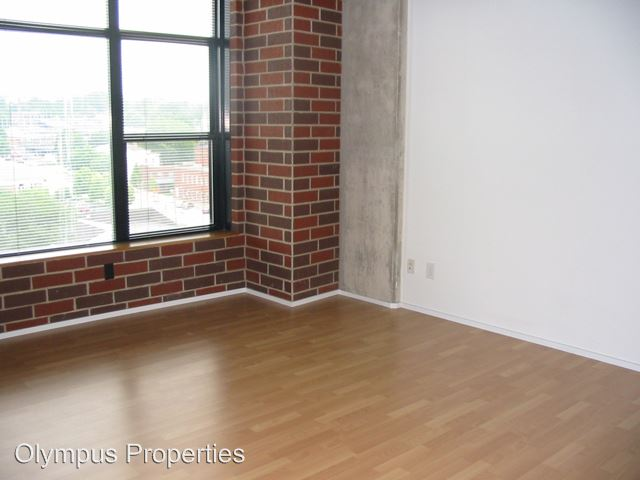 2 Bedrooms 2 Bathrooms House for rent at 212 N Morton St in Bloomington, IN