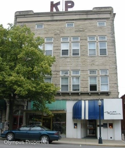 2 Bedrooms 1 Bathroom Apartment for rent at Redmen Building in Bloomington, IN