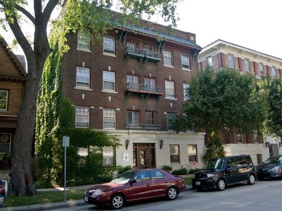 829 N Cass Street Milwaukee Wi Apartment For Rent