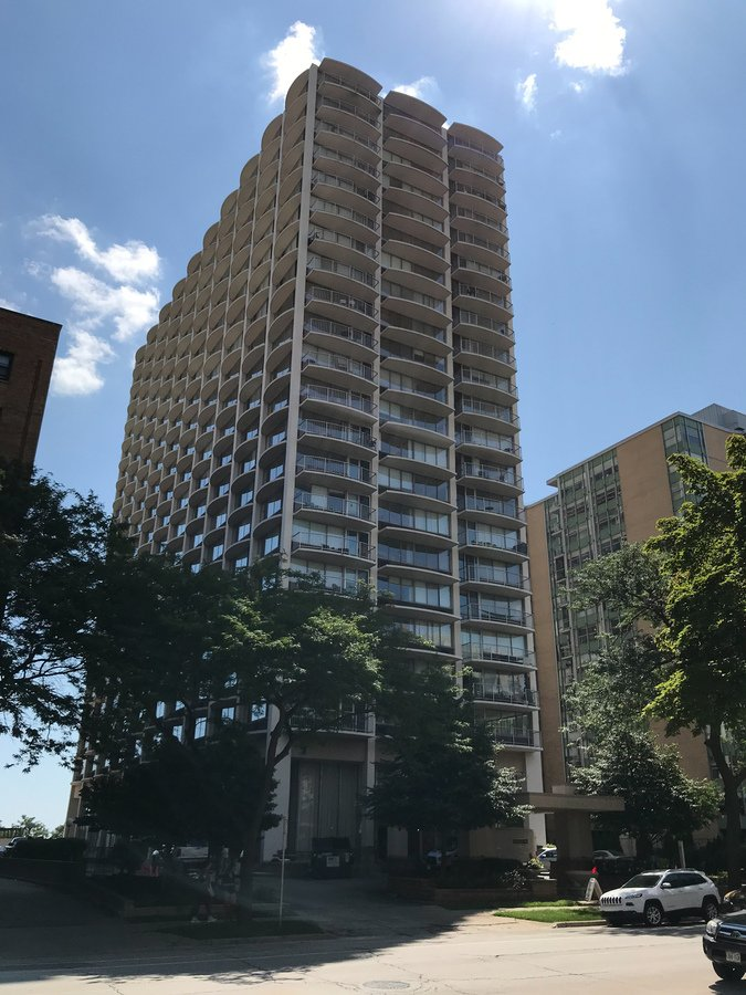 Prospect Towers Rent Specials Apartments Milwaukee Wi