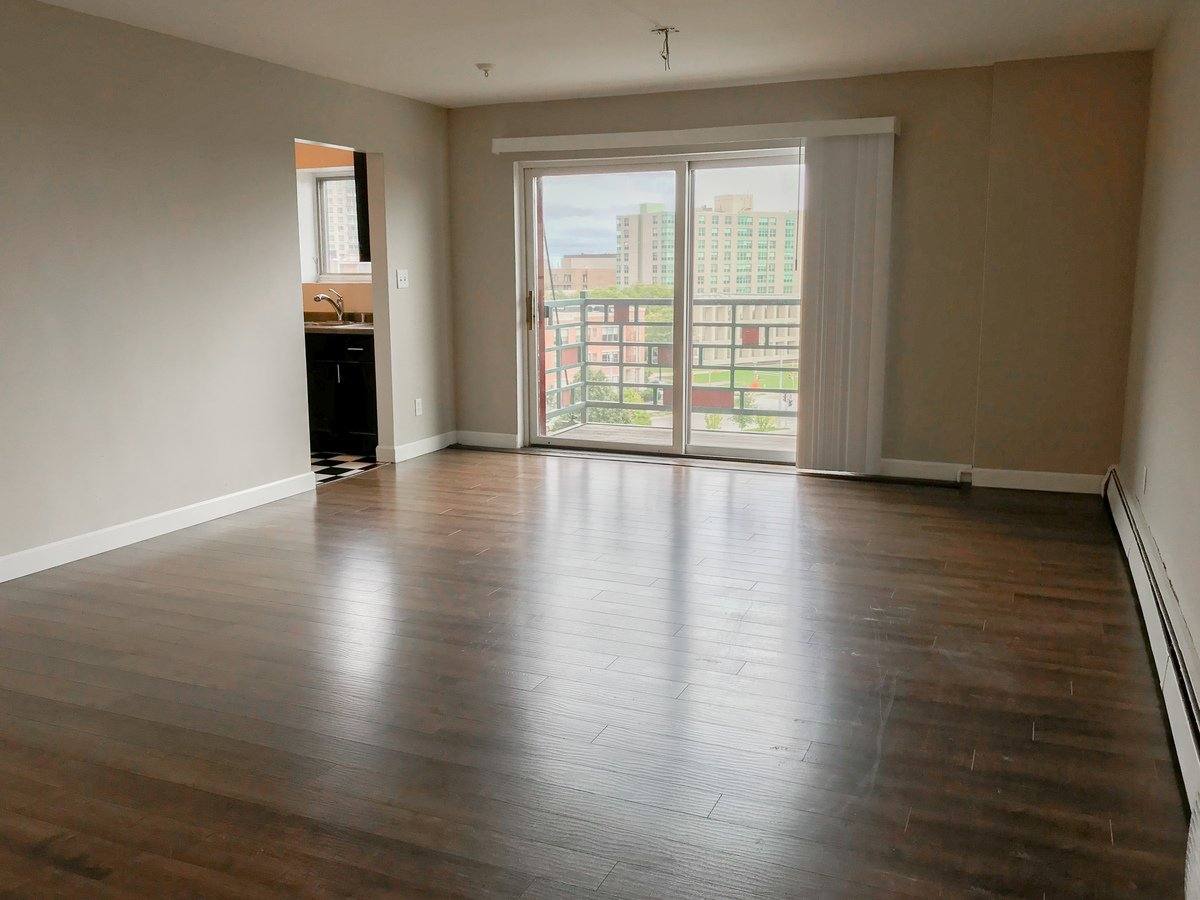 1321 N Franklin Place Milwaukee Wi Apartment For Rent