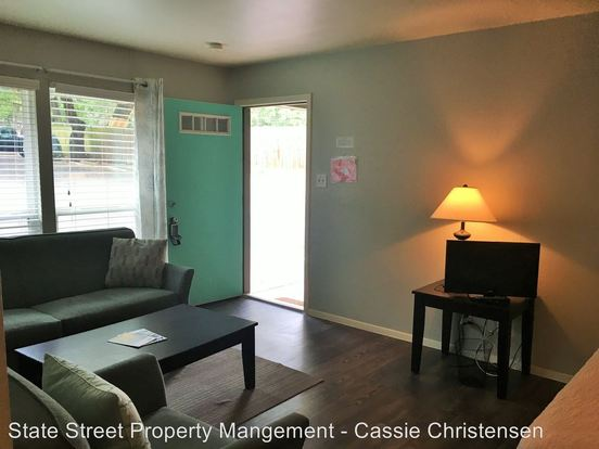 Studio 1 Bathroom Apartment for rent at 1717 Enfield Rd in Austin, TX